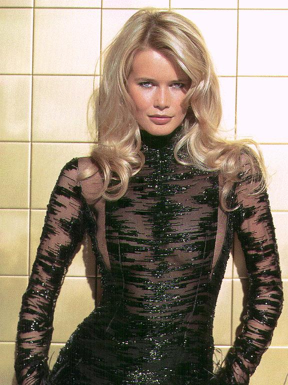 BabeStop - World's Largest Babe Site - claudia_schiffer057.jpg